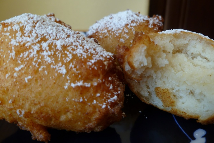 Zeppole With Chocolate Sauce Recipes — Dishmaps