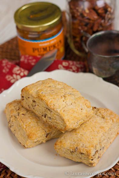 LOVE pecans!! These Pecan Sour Cream Biscuits are almost scones ...