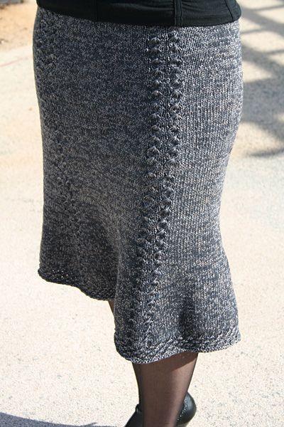 Knit Skirt Pattern : Bell Curve skirt - Winter 2007 - Knitty Wool Love ...