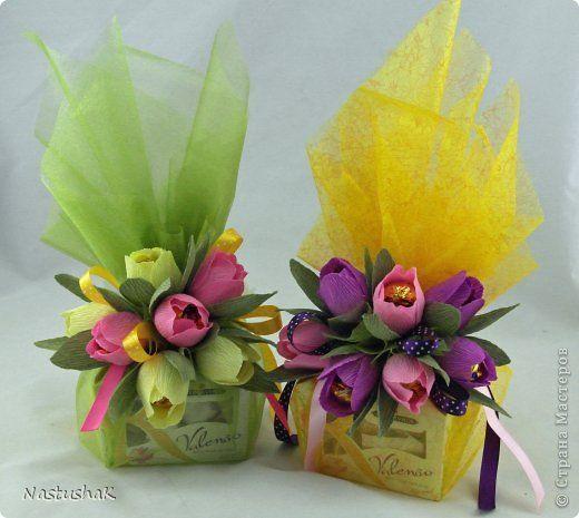 Подарки из конфет и гофрированной бумаги 702