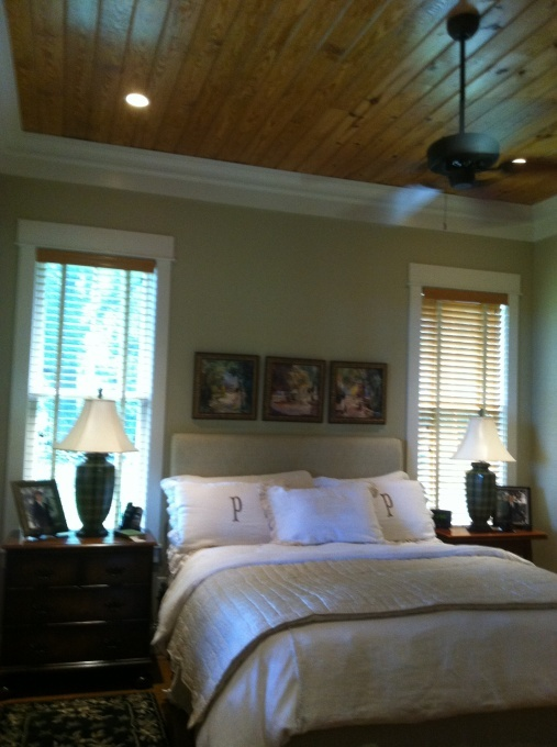 craftsman style bedroom love the ceiling