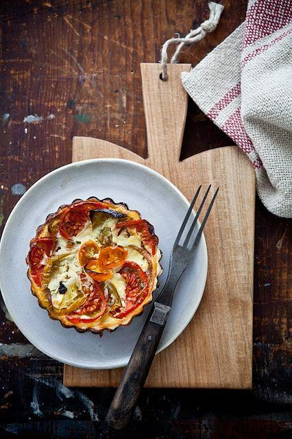 Heirloom Tomatoes Tartlets | Food - Pizzas & Tarts | Pinterest