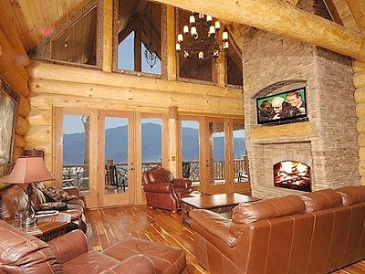 8 bedroom gatlinburg log cabin rental favorite vacation