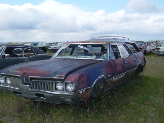 Old Station Wagons Restore 77