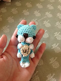 Sea Otter Amigurumi Crochet Pattern - Nori by