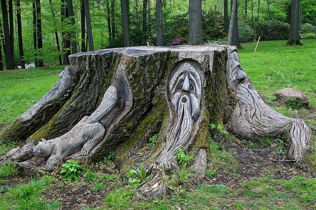 Tree stump art garden pinterest for Tree trunk art