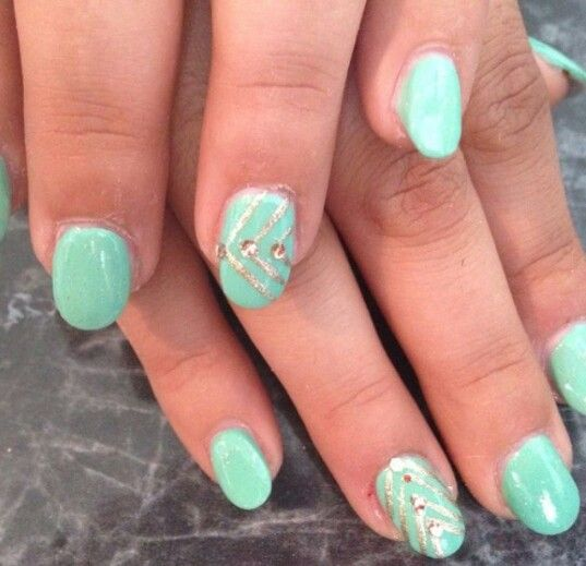 Turquoise And Gold Oval Nails Design