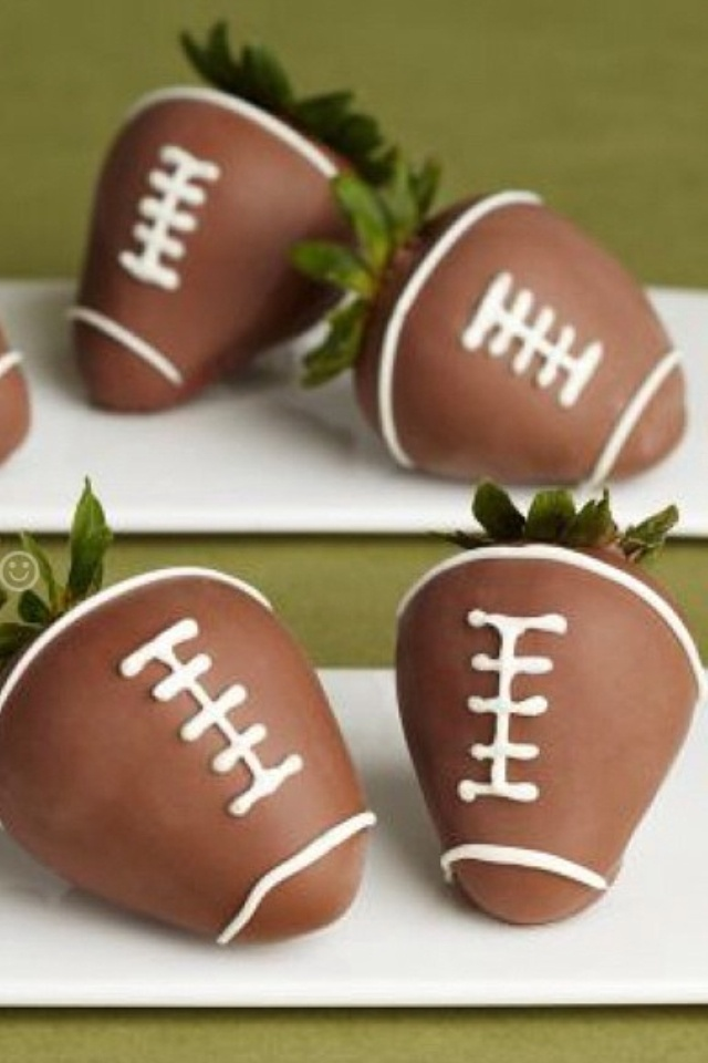 Football chocolate covered strawberries :)
