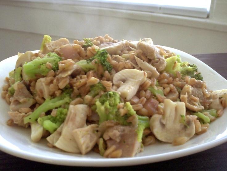 Farro Risotto with Chicken, Broccoli and Mushrooms
