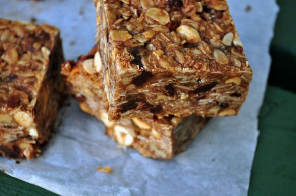 Gluten free home made granola bars - I cut the sugar in half & they ...