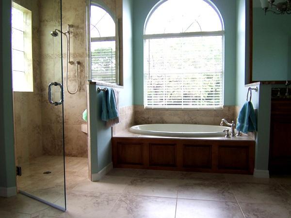 Garden tub bathroom decor ideas pinterest for Garden tub bathroom ideas