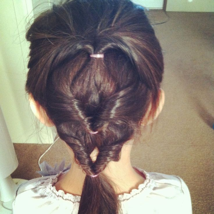 Cute and easy little girls hairstyle