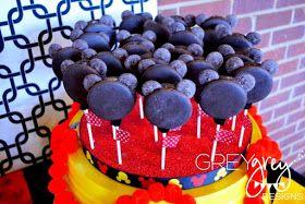 Moon pie Mickey cake pops On greygreydesigns Brown moon pies ...