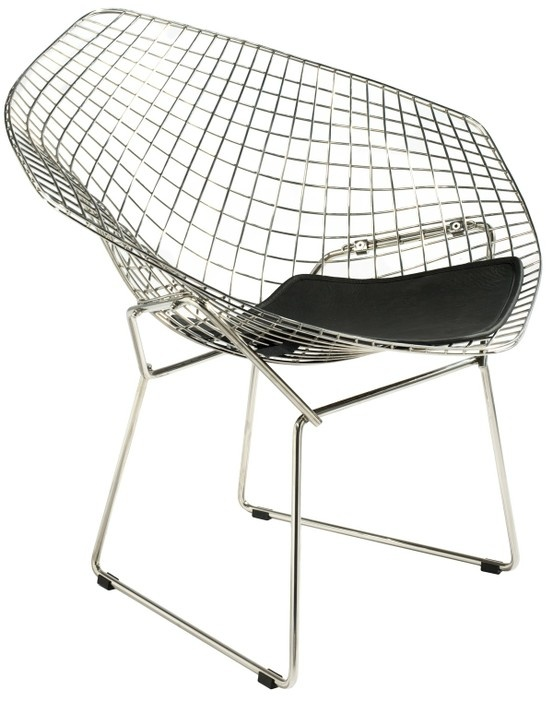 Bertoia diamond lounge chair made in wire mesh with seat pad