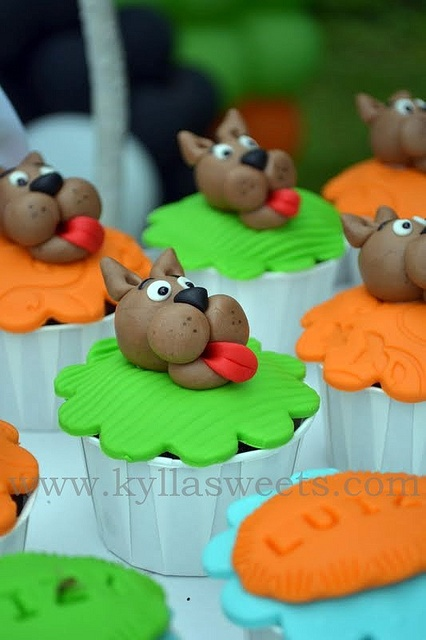 Scooby Doo cupcakes - these are cute. Im looking for ideas for his 4th bday party in a few weeks
