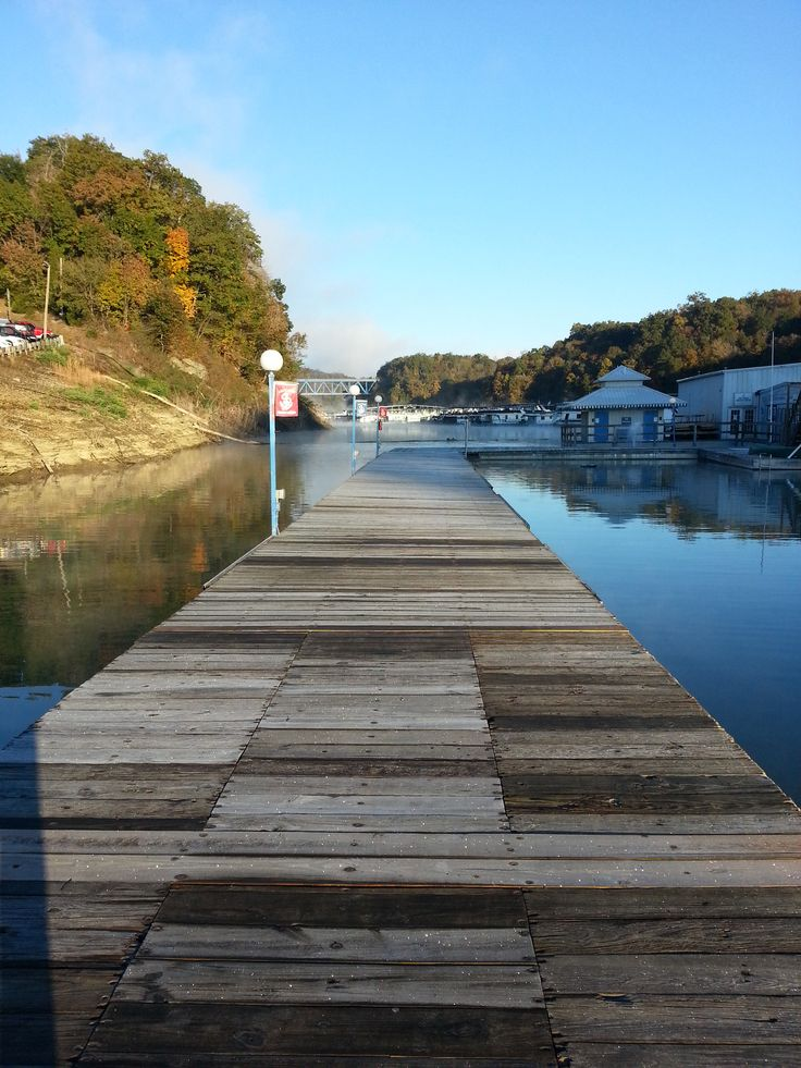Fall time at lee s ford marina lake cumberland