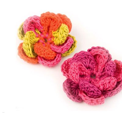10 different crochet flowers on this site :)