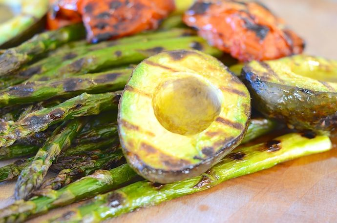 Grilled Avocado and Asparagus Salad | Salads | Pinterest