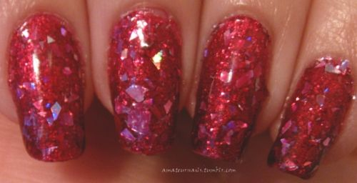 Color Club Fame & Fortune over Maybelline Far out Fuchsia