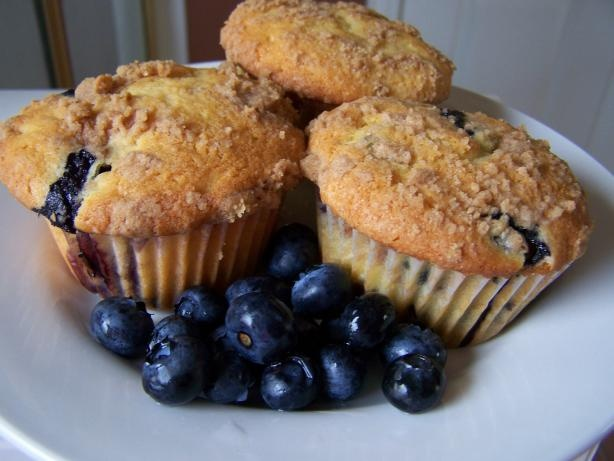 sour cream blueberry muffins with streusel topping - made these today ...