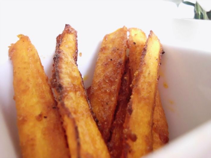 Sweet & Spicy Baked Carrot Fries | Food | Pinterest