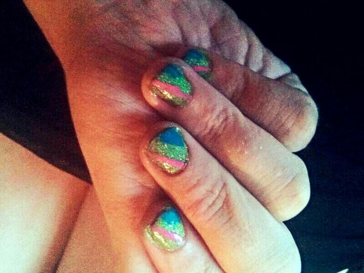 What's green and blue and pink all over? #nailart