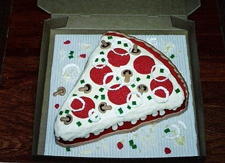 25 Pizza Cakes For The Best Pizza Party Ever 5a2462475d3ea2f56a49dfab33b85ef6 jpg