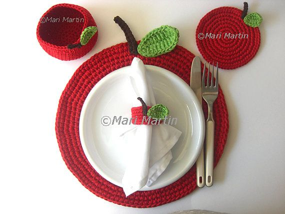 Red Apple Crochet Placemat  Big Leaf Beverage Nature by MariMartin,