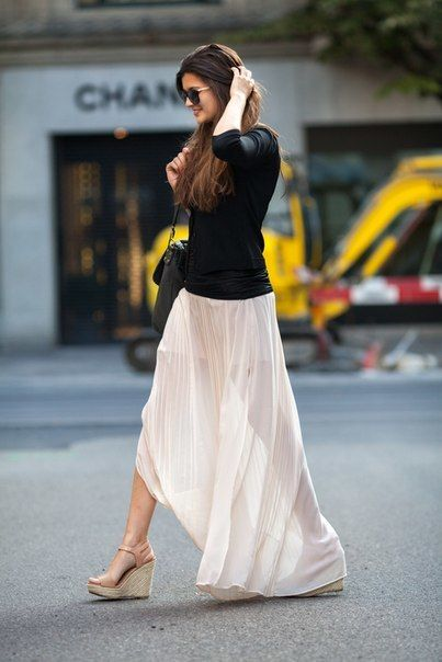 maxi long white skirt and black tee