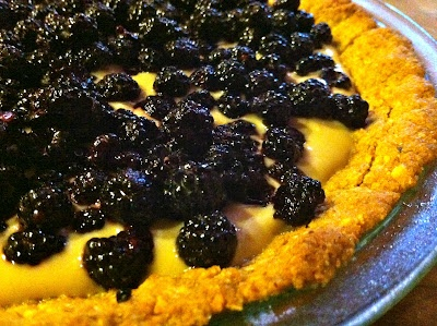 Fresh Berry Pie with Toasted Nut Crust | Treats | Pinterest