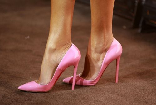 now that's what we need - pointy toe pumps in bright pink.