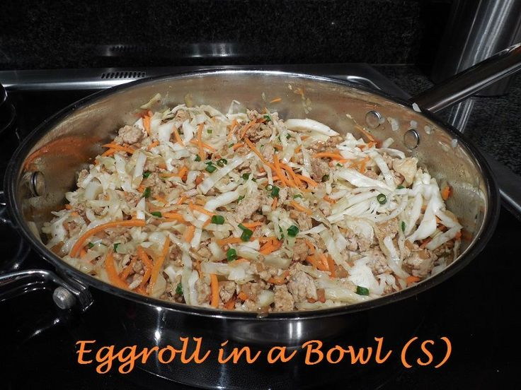 by Diana Rodbourn Brown 1 lb ground pork/beef in a large frying pan. Turn heat to med-high. Add 1 med. chopped onion & 2 tsp. sesame oil, increase heat to lightly brown onions. Mix together 3 cloves of minced garlic, 1 tsp. ginger powder and 1/4 c. aminos and add. Stir in 6 c. shredded cabbage. Cook for a few minutes, stirring often. Add 1 c. shredded carrots and cook another few minutes. Turn off heat, Add 2 finely chopped gr. onion stalks, and salt and pepper to taste and serve warm.