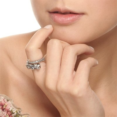 3D Octopus Ring doesn't look particularly comfortable, but it is super cute, $89.00.