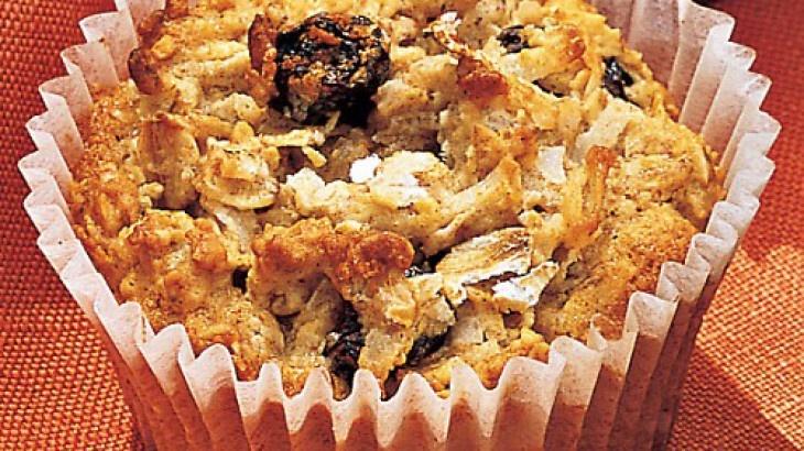 Oatmeal-Raisin Cookie Cupcakes | Food. Nom. | Pinterest