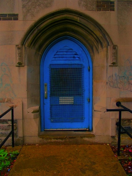 Blue Door With Gothic Arch Replace The Front Door With The Gothic