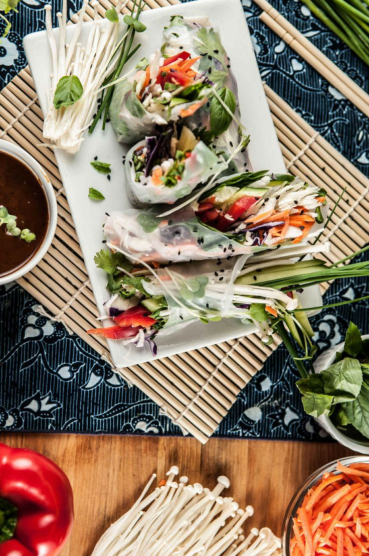 Thai Vegetable Spring Rolls With Peanut and Sweet Chili Dipping Sauce ...