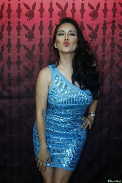 Sugey Abrego Firma de Autografos Anuario Revista Playboy x5 HQ ...