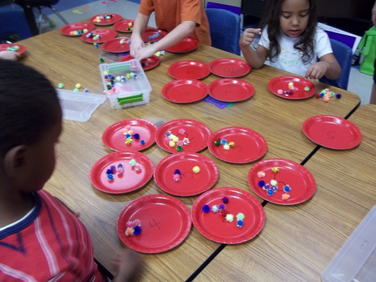 Math Tubs in Kindergarten: Math Tubs and Math Tubs