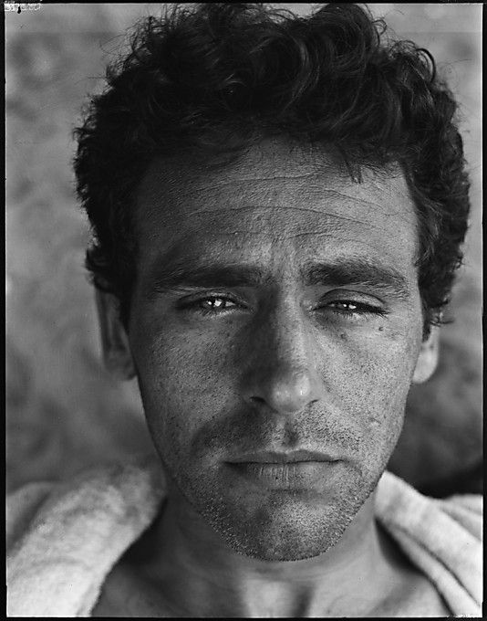 """a death in the family by james agee essay The collected works of james agee a famous man the collected works of james in agee's autobiographical novel """"a death in the family,"""" which."""