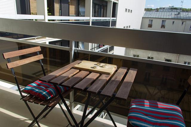 Bientt les Soldes table et chaise balcon - Achat Vente table et