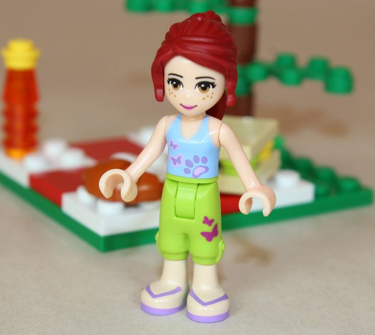 Mia | xenos- | Ladies of LEGO (Friends & Disney) | Pinterest