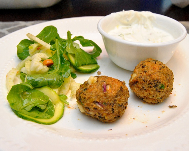 meatballs kefta style meatballs with grilled grapes and yogurt sauce ...