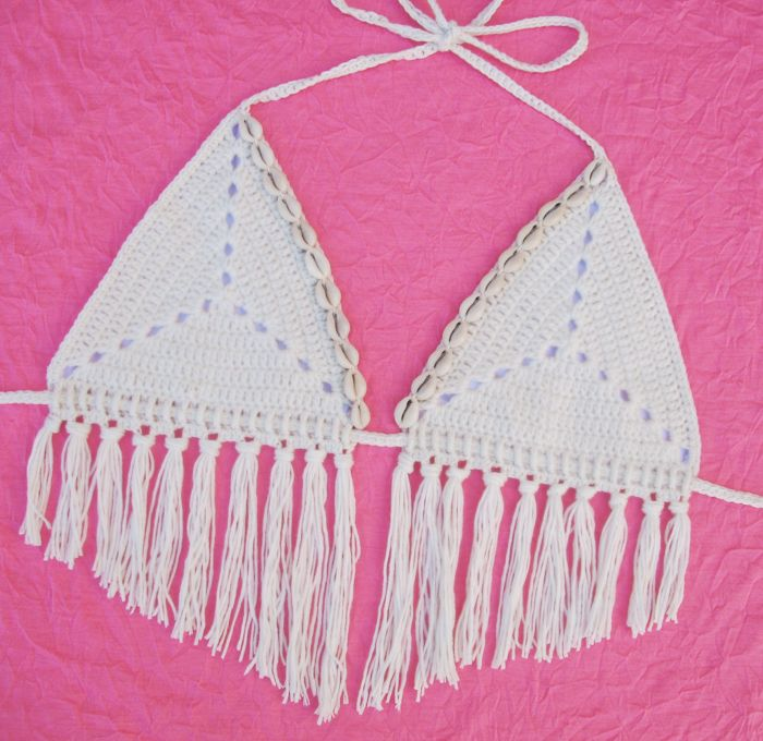 Crochet Bikini Pattern : Free Crochet Pattern: Sand Dollar Bikini Top Gleeful Things
