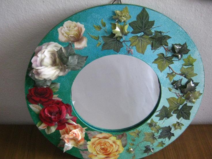 specchio con cornice in mdf decorata con découpage e sospeso ...