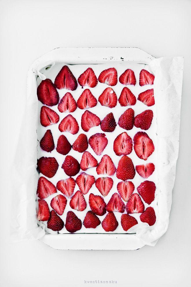 strawberry coconut cheesecake | #beezdex | Pinterest