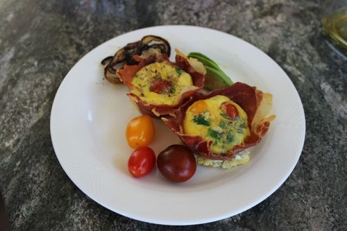 Prosciutto Egg Cups | Delicious | Pinterest