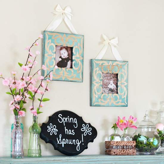 Real home spring and easter mantel decorating ideas for Decoration fenetre interieur