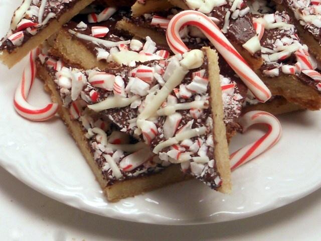 Chocolate Peppermint Bark Cookies | Bon Appétit :P | Pinterest