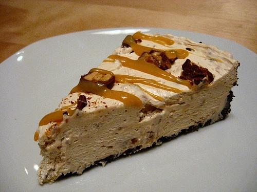 Easy (Gluten-free) Snickers Bar Pie recipe