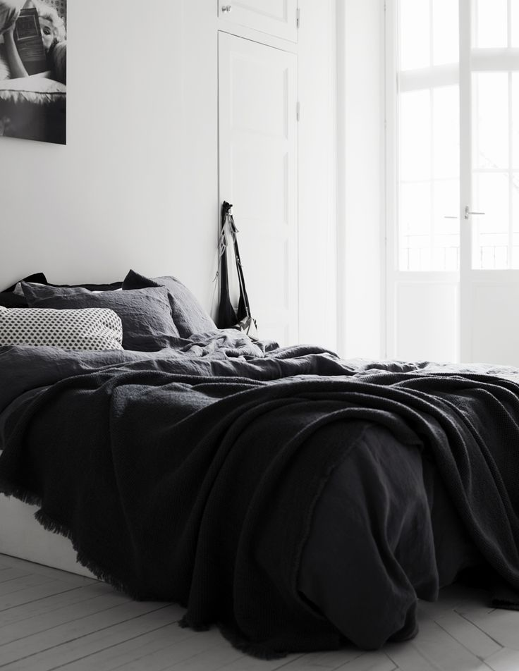 Lovely Black Bedding